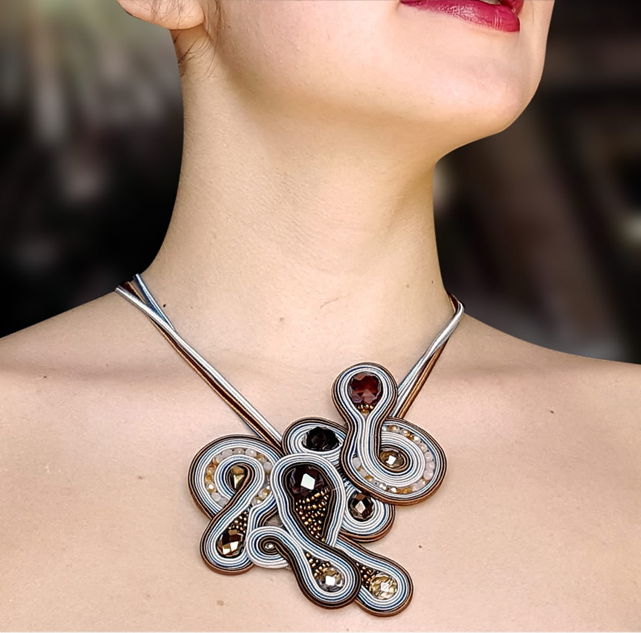 Soutache jewelry by stefania cambule reminiscent of sardinia for Design gioielli milano