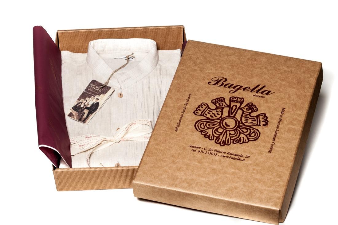 Bagella 1932 - La rivalutazione dell abbigliamento tradizionale sardo 3b2b4c4ed6f