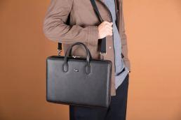 Kazed pelletteria intelligente Made in italy - Maria Laura Berlinguer Stile Italiano - Fatto in Italia - bags - bag - fashion - design - qualità artigianale - fashion - moda donna - uomo