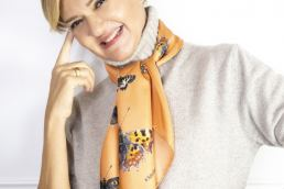 Lisa Tibaldi Terra Mia - Foulard Made in Italy ispirati alla Terra Aurunca Maria Laura Berlinguer Stile Italiano Made in Italy fatto in italia Gioielli donna fashion